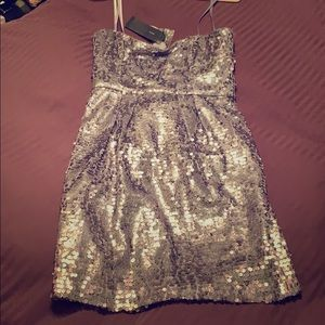 BCBG MAXAZRIA Size 6 Lilac Metallic Sequin Dress